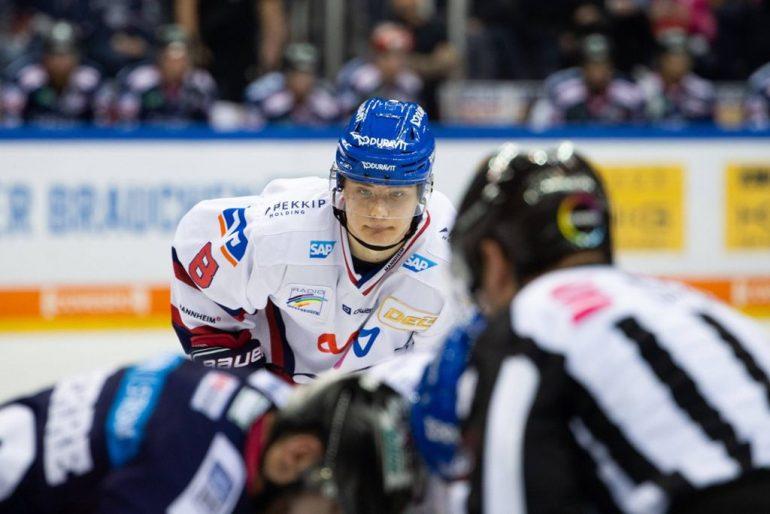Von Mannheim in die NHL: Tim Stützle steht vor seinen ersten Schritten in der besten Eishockey-Liga der Welt. Foto: Uwe Koch/imago