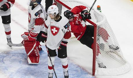 Swiss suffered a terrible defeat against Canada - Ice Hockey - Game