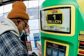 United States: Lottery player hits multi-billion dollar jackpot