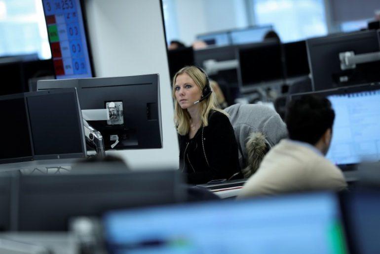 © Reuters.  Kanada Aktien waren höher zum Handelsschluss; S&P/TSX kletterte um 0,76%