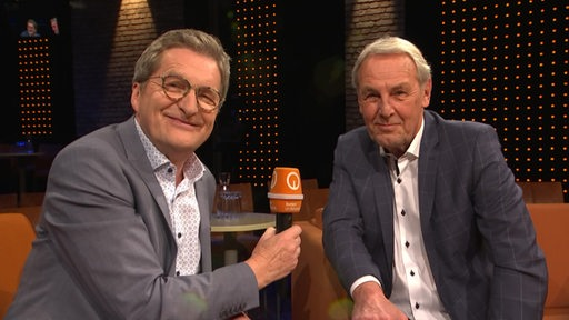 Jog Vontra in an interview with Ludwig Evert as part of 3nach9 at Event Studio.
