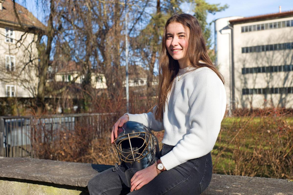Saskia Maurer looks to be back in a year's ice hockey with many twists and turns - which is not over yet.