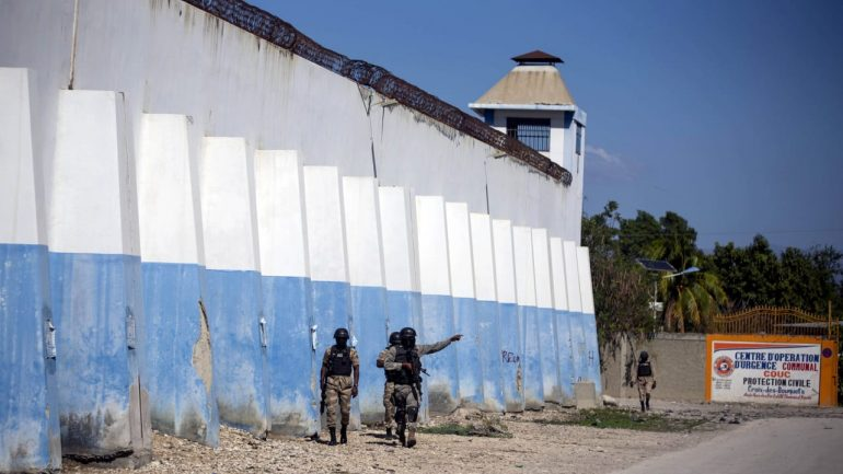 25 dead, 400 prisoners escaped after spreading to Haiti - news abroad