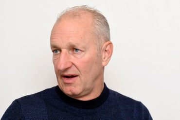 Interview: Ex-National Coach Ralph Krueger: «I want to touch something big.  Why not the Winter Games in Switzerland?  ""
