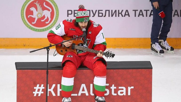 EHC Rift in an Interview Matthew Maione: My Passion: Ice Hockey and Music