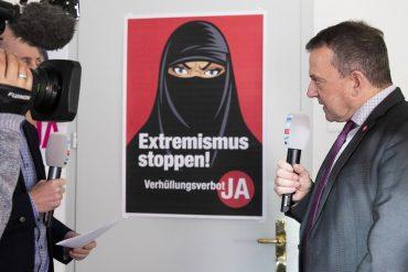 Majority in favor of ban on waiting: Swiss symbolic politics