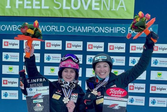 Parallel Slalom: Women's Snowboarders World Cup Race for Silver and Bronze - Sports