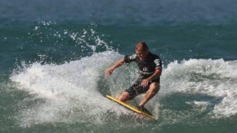 Shark attack in South Africa?  Surfer gone, board washed ashore with bite marks - Foreign News