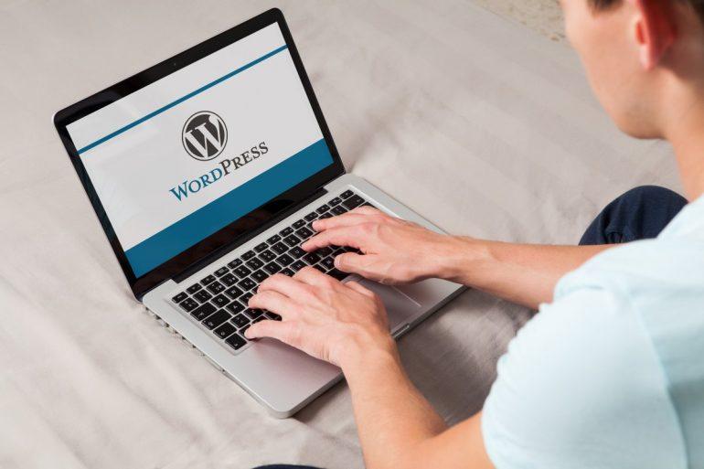 Facebook exports to Wordpress and Google Docs