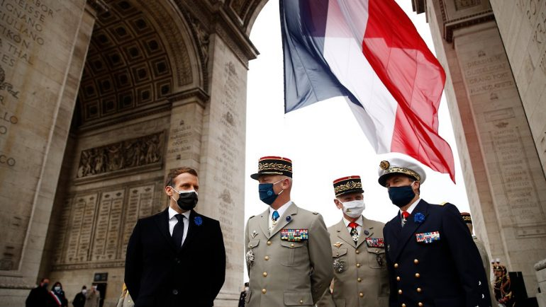 Did they want a coup ?: The French army patted the general