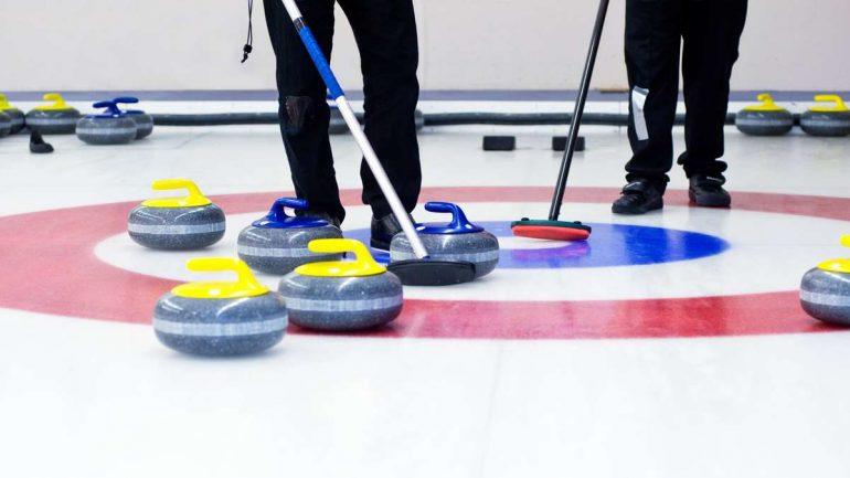 Fussen's German curlers are fighting for the Winter Olympics 2022 in Canada