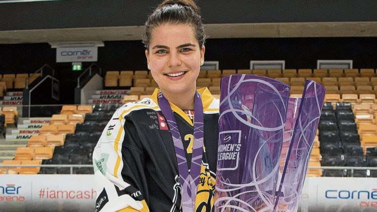 """Ice Hockey - """"This title is the most important"""": Noimi Ryhner from Jug is Swiss Champion with Lugano"""