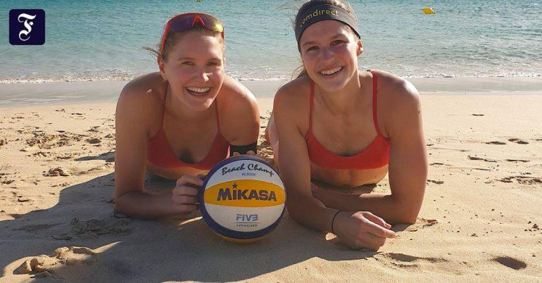 Surprise in Laborour / Tillman Beach Volleyball: Good Communication
