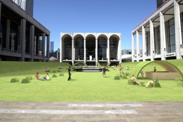 """The iconic square of Lincoln Center becomes a """"green"""" place"""