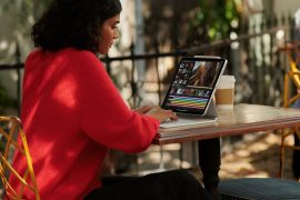 When does Apple deliver professional tablets?