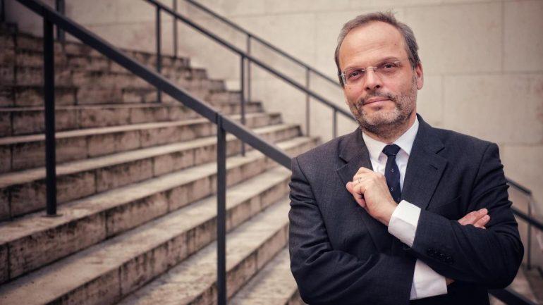 Nubor's Massein Accusations: Anti-Jewish Official Seeks Proof