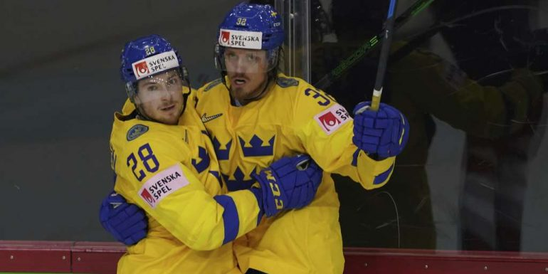 Canada and Sweden defend themselves against Aus