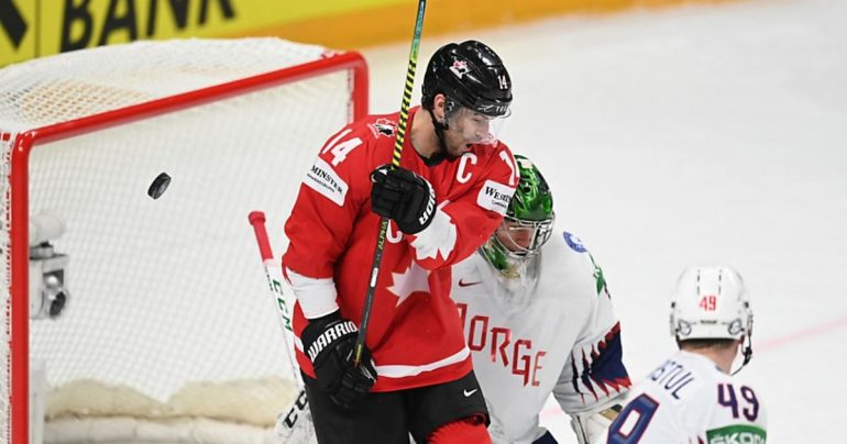 Canada's first win in World Cup, Germany lost for the first time