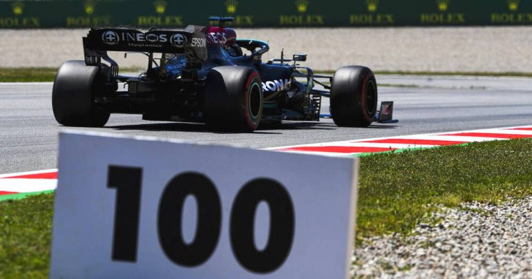 Formula 1: Lewis Hamilton takes the 100th pole