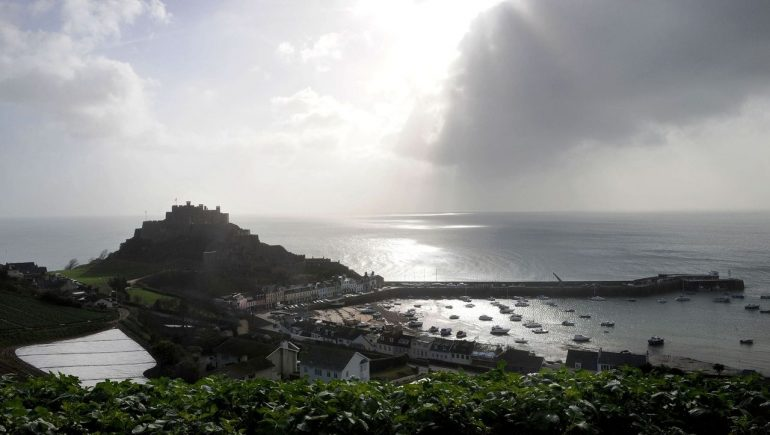 Jersey: France threatens Channel Island with power withdrawal