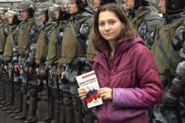 Russia: Court sentenced 19-year-old children to night arrest after protest