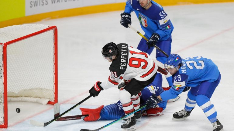 Canada and Sweden defend themselves against Australia, Ice Hockey World Cup - News Ticker