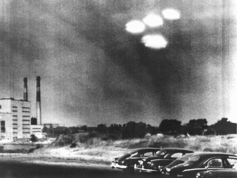 Secret Service reports on UFOs reveal details.  free Press