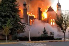 "Canada: ""End attacks on churches"""