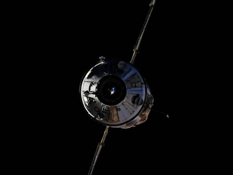Astronauts enter new ISS laboratory.  free Press