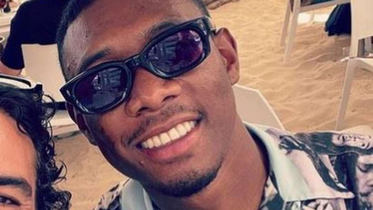 David Alaba is on vacation with Elias M'Barek - fans celebrate his shirt