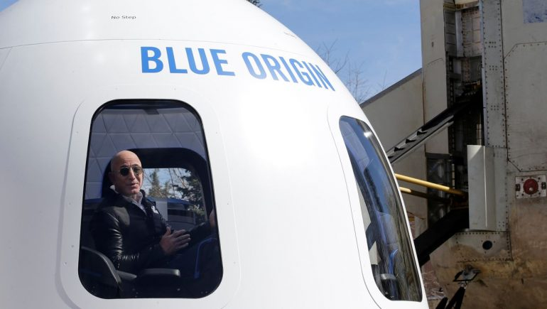 """Jeff Bezos and Richard Branson in Space: """"The Age of Space Travel in the States Is Ending"""""""