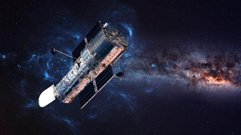 NASA fixes Hubble: Telescope giants online again