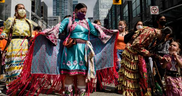 Protests in Canada after the remains of Indigenous children |  domradio.de