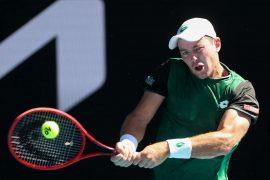 Nach 3:54 Stunden verwandelte der deutsche Tennisprofi Dominik Koepfer seinen dritten Matchball.(Archivbild) Foto: AFP/BRANDON MALONE