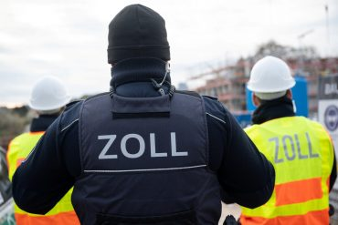 Customs exposes illegal work in central Saxony