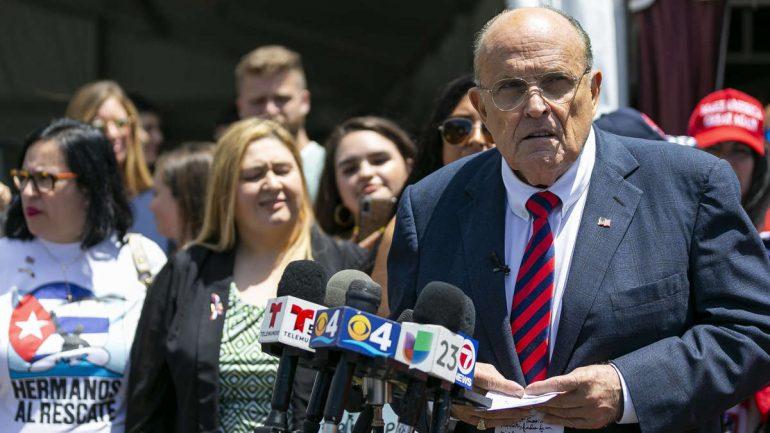 Rudy Giuliani faces bankruptcy - Donald Trump turns away