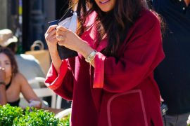 Meghan comes to Harlem in Kashmir coat - meeting with students