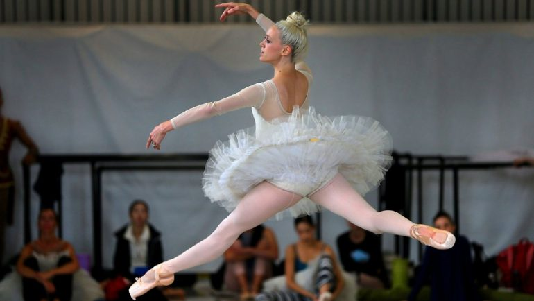 Boston Ballet stands with plaintiff: American ballerina accused of misconduct