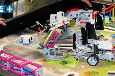 First Lego League Season: With Lego Bricks for Science