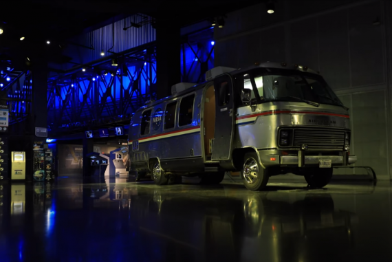 The great astronaut bus has to be an emissions-free successor