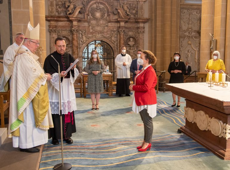 To be a serving church - Archdiocese of Paderborn