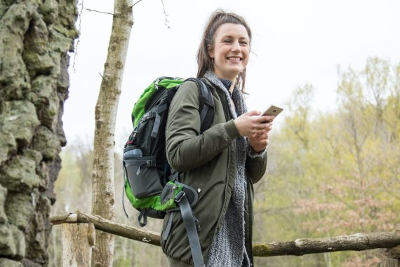 What do common hiking apps do?  - travel book